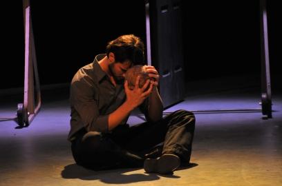 """Bad Hamlet."" Photo by Louis Stein."